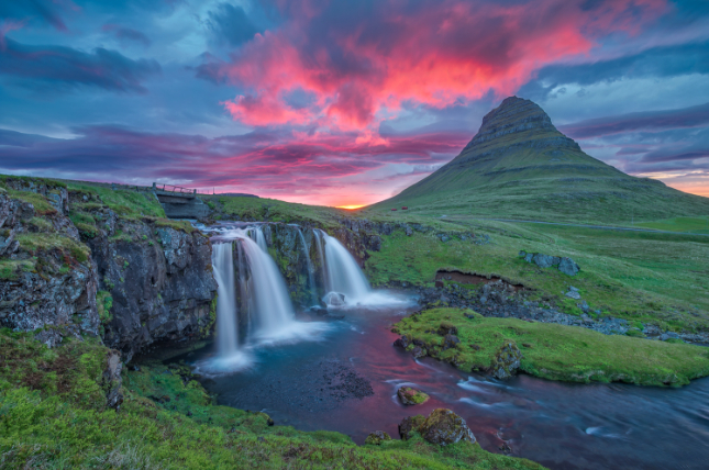 Iceland's Jólabókaflóð: The Christmas Book Flood